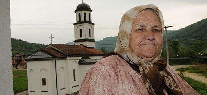 (video) borba koja traje od 1996. / nana fata-bosanska heroina!