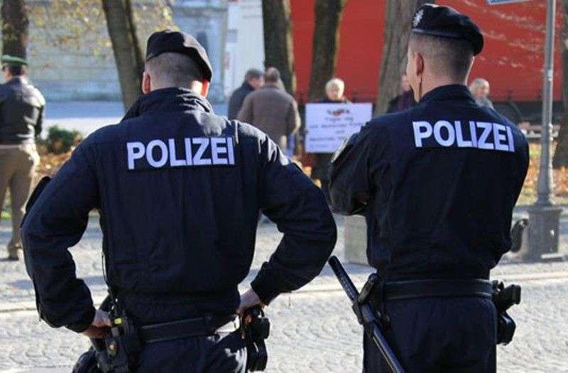 bosanci pretukli dvojicu njemačkih policajaca