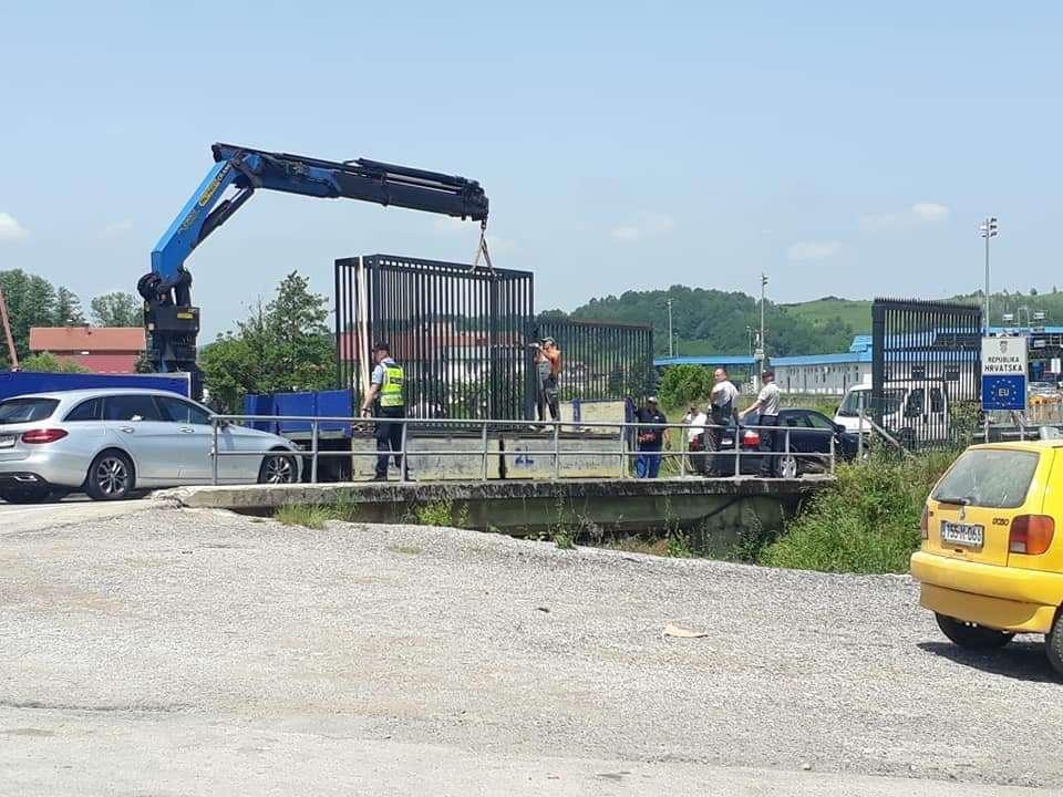 republika hrvatska postavlja ograde na graničnim prijelazima s bih