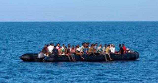 libija: presretnut brod sa 22 migranta