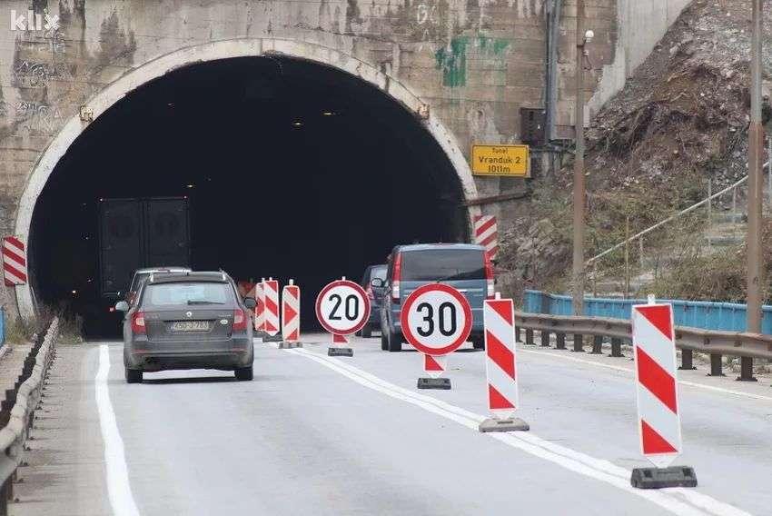 završeni asfalterski radovi u tunelu vranduk