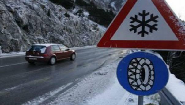 OPREZ / U većem dijelu Bosne saobraća se otežano