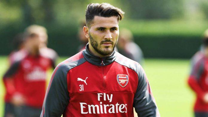 Arsenal prodaje trojicu igrača, među njima i Kolašinca