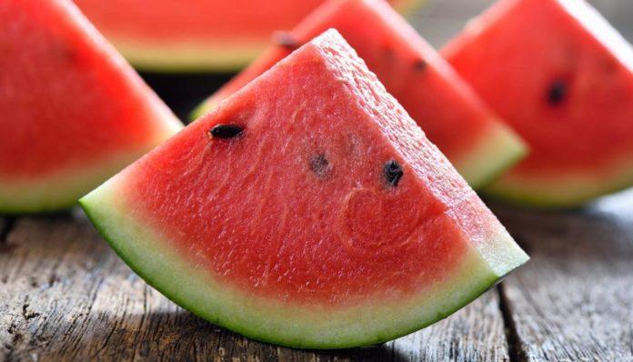 Znate li kako prepoznati slatku i sočnu lubenicu?