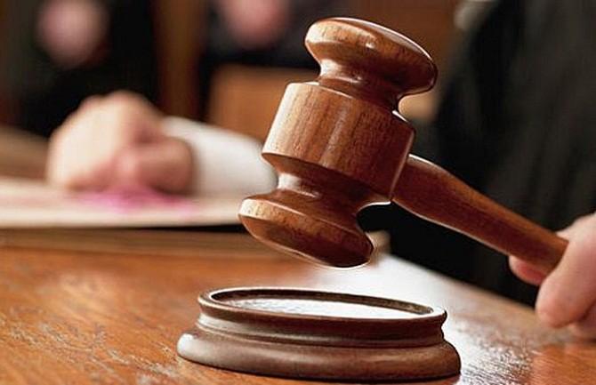 Osuđen na dvije godine zatvora zbog pljačke kladionice