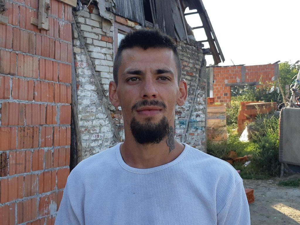 ŽELE SAMO SIGURAN I TOPAO DOM: Porodica Arapović od sezonskih dnevnica pokušava sebi izgraditi kuću