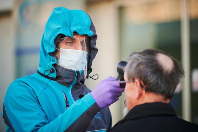 Osobe koje su preboljele covid i dalje mogu širiti virus