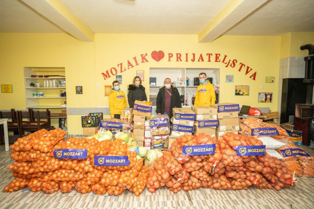 """Mozzart donirao tonu hrane javnoj kuhinji """"Mozaik prijateljstva"""""""