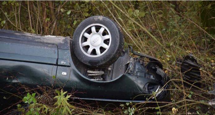 Maloljetnik vozio ''Audi'' i udario u kuću, sa suvozačem pokušao pokušao pobjeći