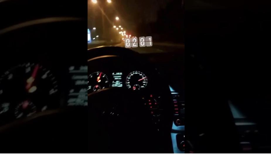 tuzle: u policijskom satu vozio 180 km/h po magistrali (video)