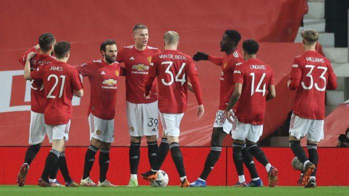 NAJAVA DANA/ United nastavlja trku sa Liverpoolom, Milan napada i Kup