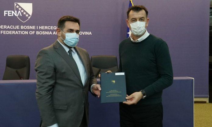 Ramić potpisao sporazume o izgradnji stambenih jedinica povratnicima (VIDEO)