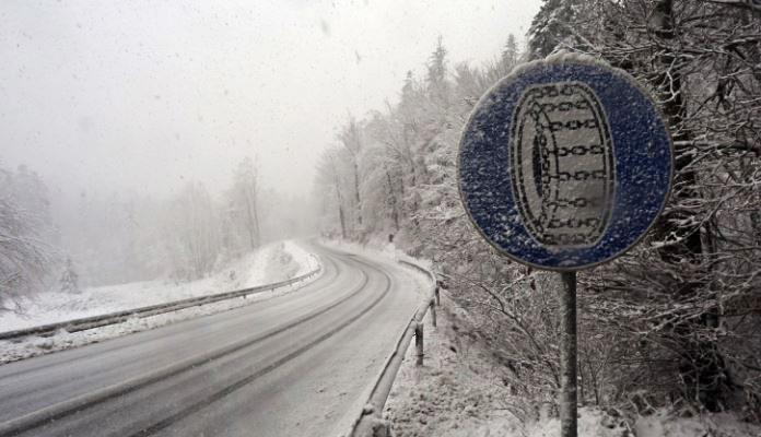 BIHAMK: Vožnju prilagoditi uslovima na putu