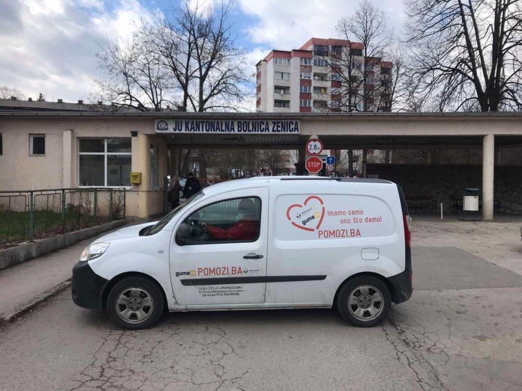 (FOTO) Pomozi.ba bolnicama u Travniku ustupa na korištenje pet aparata za kisik