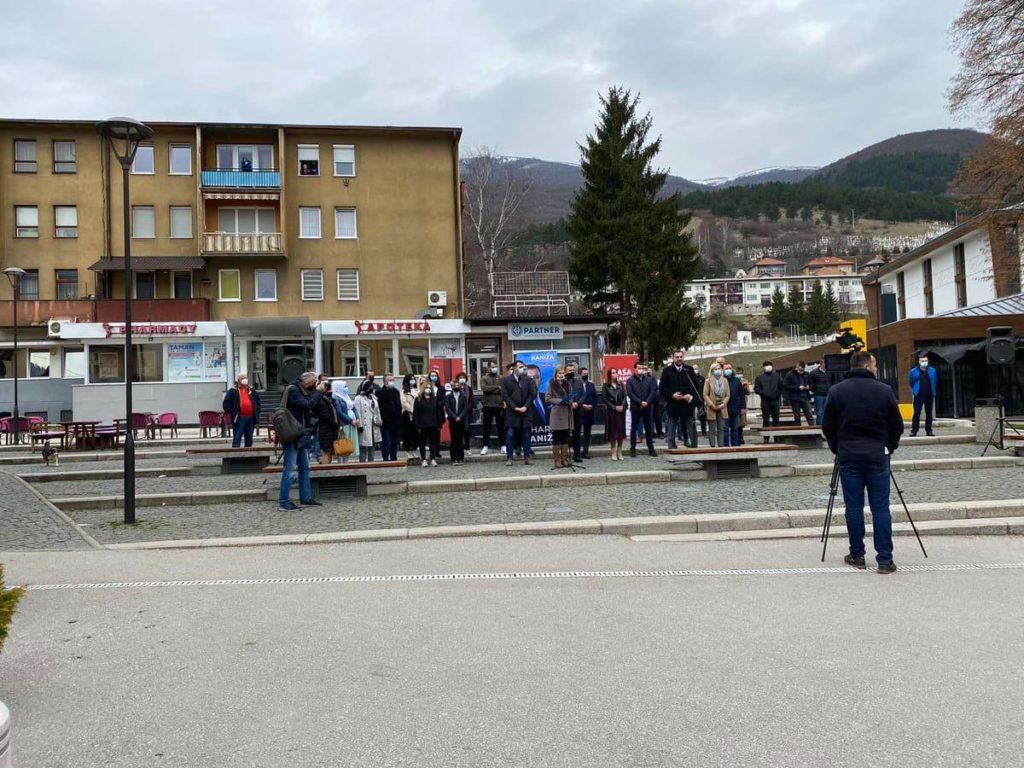 """Građanima Travnika predstavljen kandidat """"Naše travničke priče"""" Haris Kaniža"""