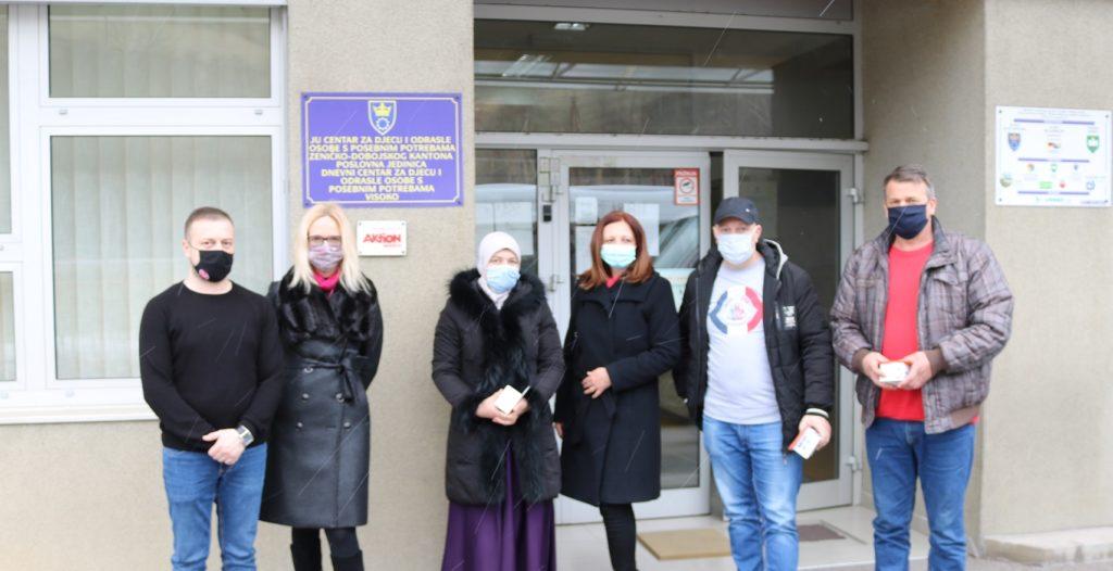 Addiko banka Sarajevo uručila 12 GPS satova osobama i djeci sa poremećajima iz autističnog spektra
