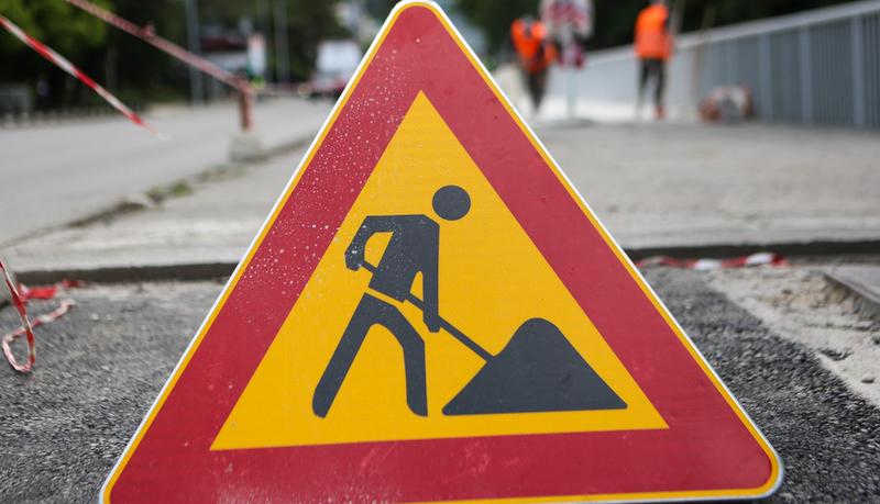 stanje na putevima: brojni radovi i obustave na pojedinim pravcima, vozite oprezno