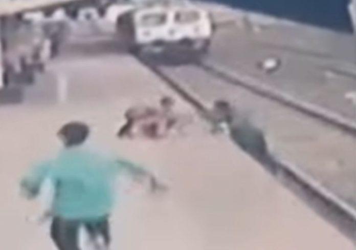 Radnik u posljednjim sekundama spasio dijete