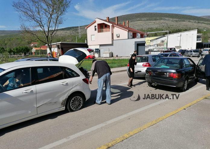 U prometnoj nesreći sudjelovala tri automobila – TNTPortal