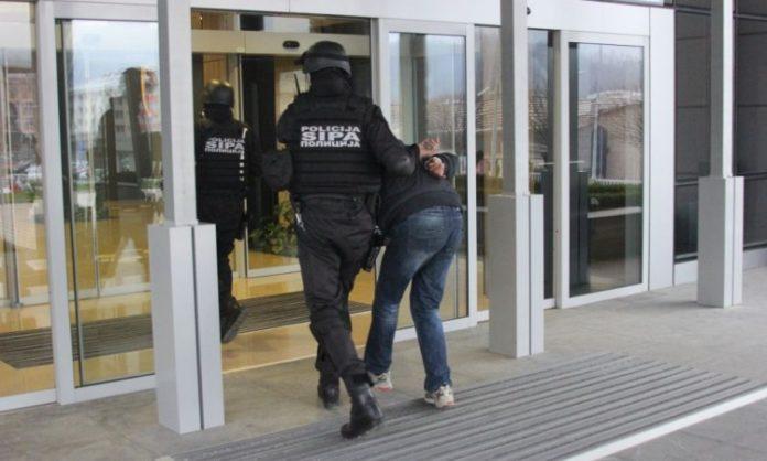 Uhapšeno pet osoba osumnjičenih za nedozvoljenu trgovinu duhanom