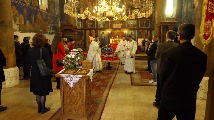Vaskršnjom liturgijom zenički pravoslavci dočekali najradosniji praznik