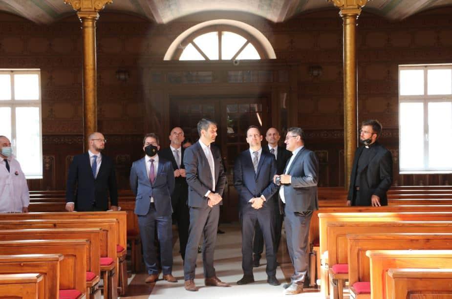"""Predstavnici programa Hungary Helps i delegacija Ambasade Mađarske u BiH posjetili KŠC """"Petar Barbarić"""""""