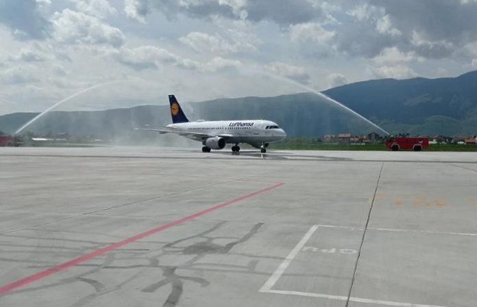 Lufthansa od danas započela s letovima iz Sarajeva za Frankfurt