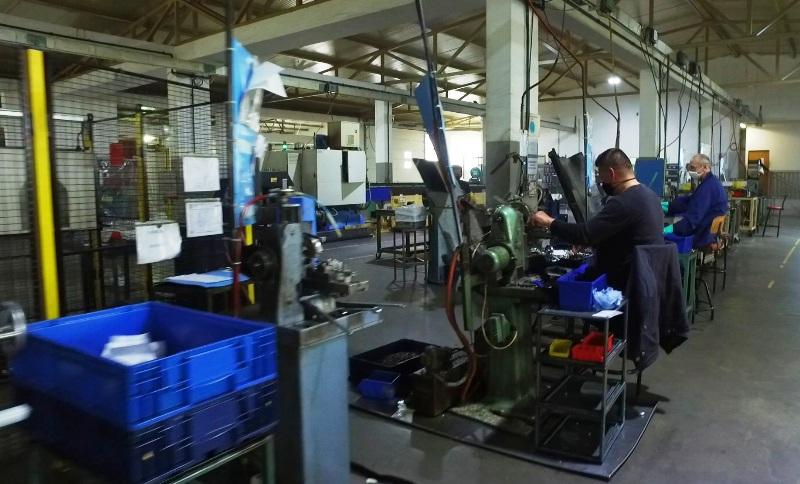 razvoj radne snage u firmi saraj - komerc d.o.o. gornji vakuf-uskoplje
