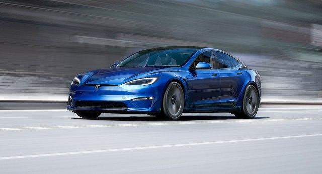 "Tesla Model S Plaid ima preko 1.000 ""konja"""