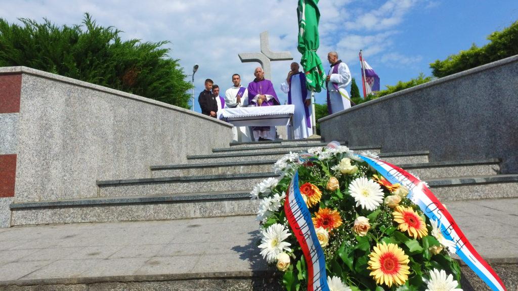 Obilježena 28. godišnjica stradanja Hrvata Travnika