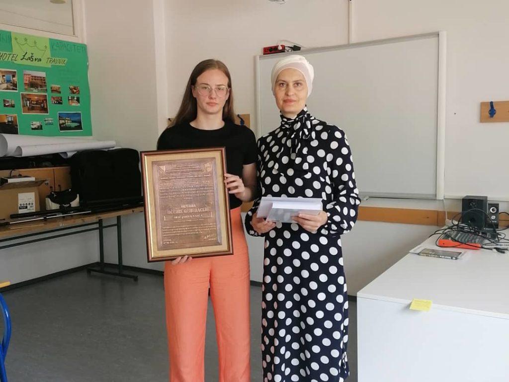 (FOTO) MSEUŠ Travnik ispraća 65. generaciju maturanata