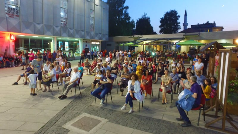 """(FOTO) Građani uživali u još jednoj """"Travničkoj večeri"""""""
