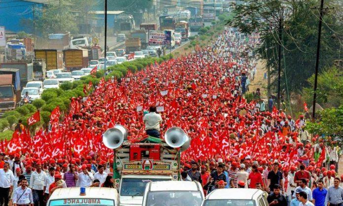 Hiljade policajaca raspoređeno u New Delhiju zbog protesta poljoprivrednika