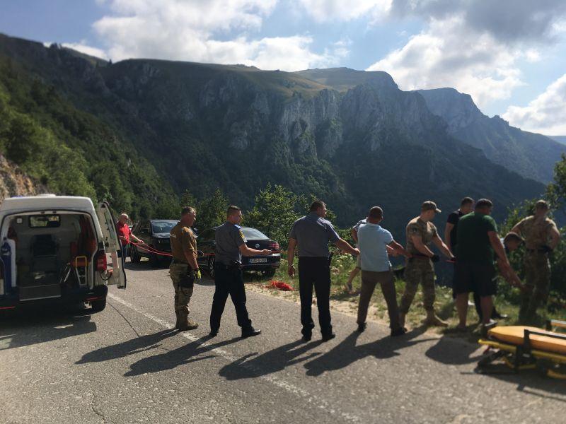 uspješno okončana akcija pronalaska i spašavanja vozača iz travnika