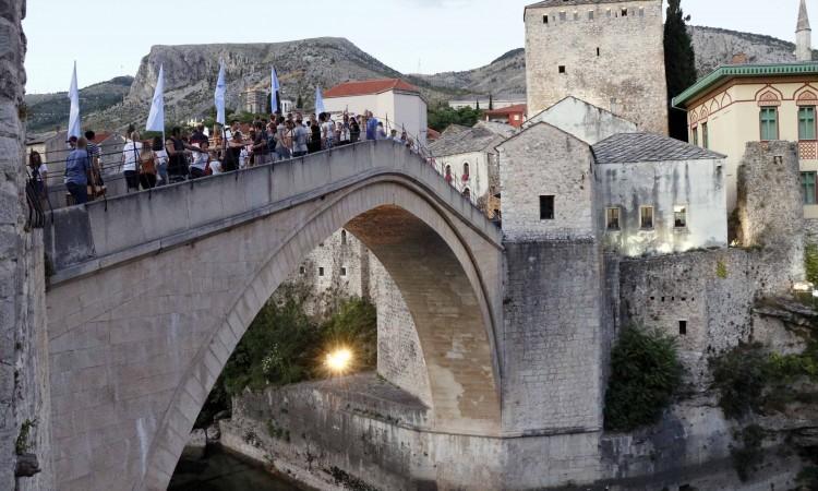 danas 455. tradicionalni skokovi sa starog mosta