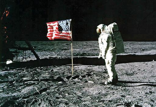 na današnji dan lansiran apollo 11, prvi astronauti otišli na mjesec