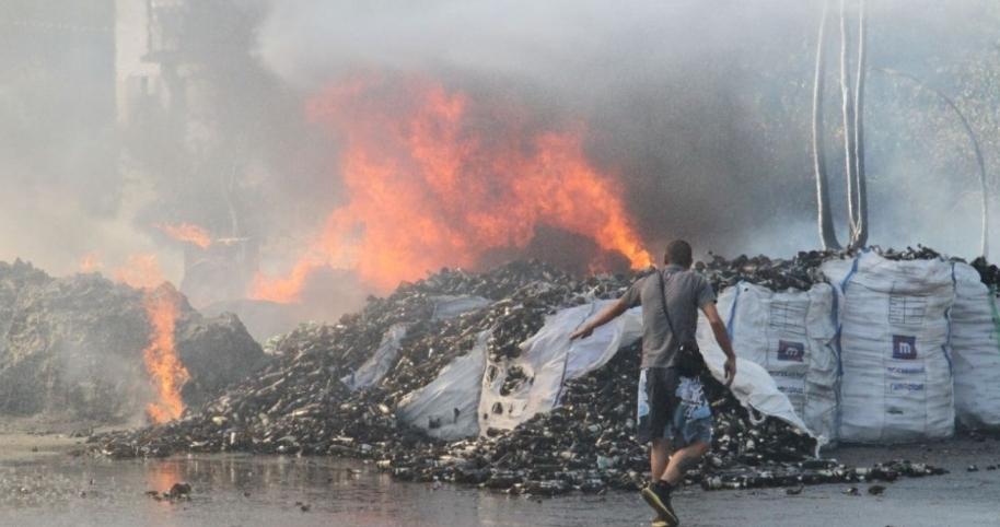 povrijeđen vatrogasac, izgorjele kuća i deponija