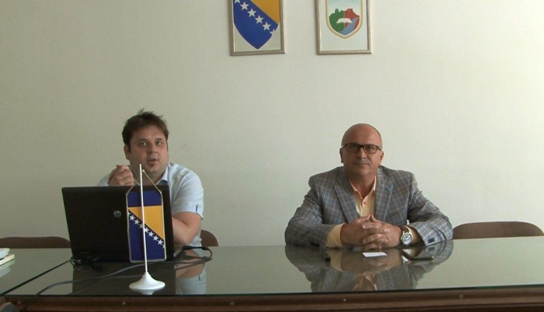 "općina travnik/ predstavljena mobilna aplikacija ""integritet travnika"""