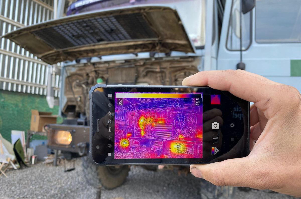 stiže nam najpristupačniji robusni mobitel na svijetu s termalnom kamerom