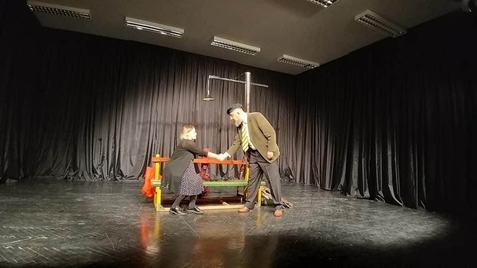 """(FOTO) Premijerno izvedena predstava """"Kako se 'tice u havi sporazumijevaju"""""""