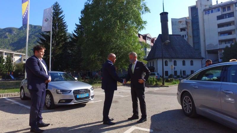 (FOTO/VIDEO) Johann Sattler u posjeti Travniku / Planira posjetiti i vrtni centar Smaragd