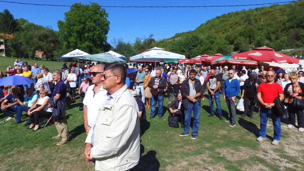 (foto/video) gospino vrilo nadomak travnika - proslava blagdana male gospe