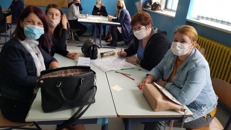 """(foto) edukacija učitelja srednjobosanskog kantona u okviru projekta """"inkluzija je pravo i obaveza"""""""