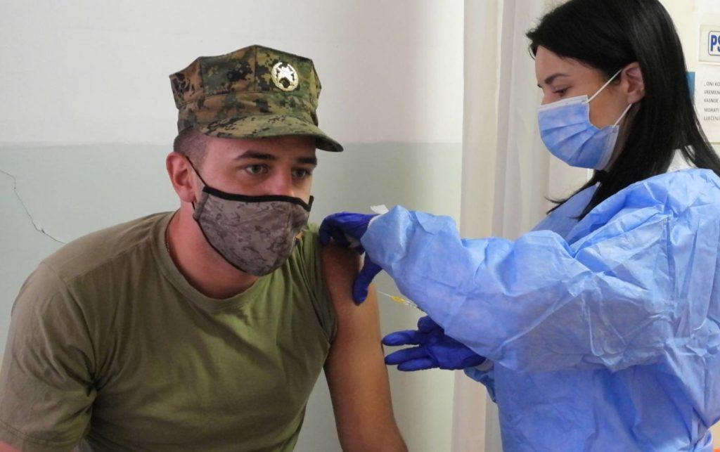 (foto/video) inz vakcinisao pripadnike os bih u srednjoj bosni