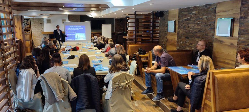(FOTO) Na Vlašiću održani Kreativni susreti nastavnika
