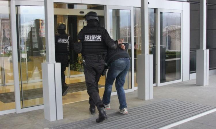 uhapšen radovan veljović osumnjičen za ratni zločin na području foče