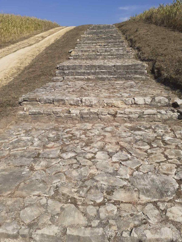 """(foto) završeni radovi čišćenja na prostoru nacionalnog spomenika """"smrike"""" u novom travniku"""