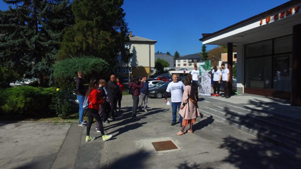 (FOTO/VIDEO) INVESTITORI ILI TAJKUNI? Ekološki aktivisti pozvali vijećnike da zaštite rijeke od MHE