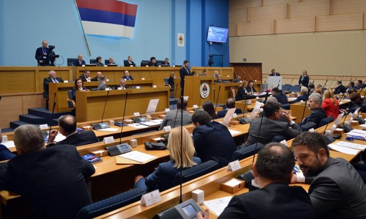 Narodna skupština RS usvojila Zakon o lijekovima i medicinskim sredstvima RS